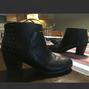 Geox black leather boots